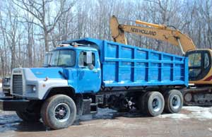 Trucking Milwaukee, aggregate, topsoil, sand, stone, rock, snow, landscaping